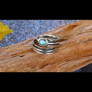 Jewelry - 🌼Bohemian feather adjustable ring